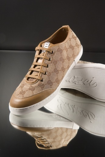 GUCCI LADIES STYLISH TAN SNEAKERS $148.49