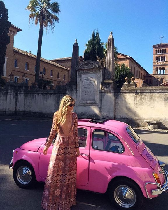 Hotels-live.com/pages/sejours-pas-chers - Exploring the city of Rome today with @getyourguide in this vintage fiat  See more on snapchat: missseverywhere  #hello #italy #24hours #rome #bellaitalia #fiat500 #oldtimer #italian #italiano #vintage #pinkcar #forloveandlemons #rosedress #maxidress #italien #explore #traveladdict #traveling #reisen #wanderlust #travelphotography #aroundtheworld #reiseblogger #travelblogger #travelphotography Hotels-live.com via…