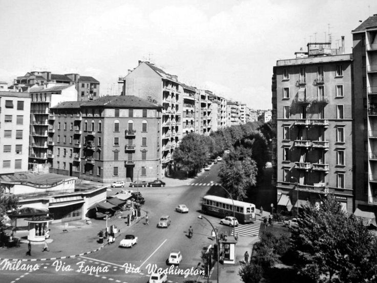 Via Foppa angolo via Washington anni 60