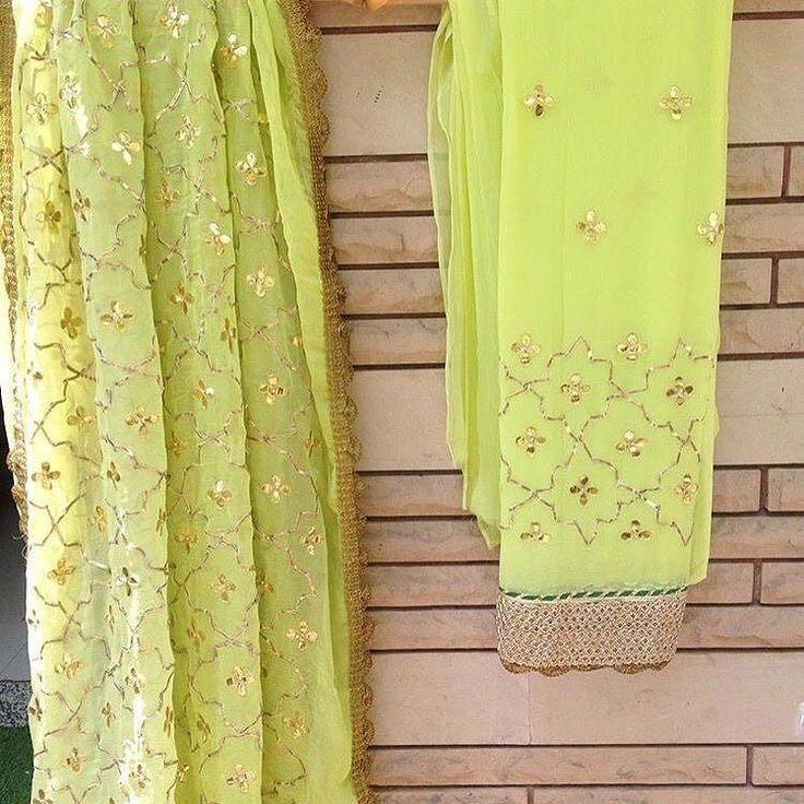 #tooshstudio #bridallehanga #lehanga #gown #saree #weddingwear #luxuryclothing #womanwear #ladieswear #designerstudio #indianweddings  #india #canada #australia #uk #italy #us #toronto #calgary #birmingham #delhi #mumbai #jaipur #chandigarh #ludhiana #dubai  @tooshstudio_amritsar