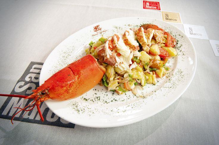 """Un piatto unico, raffinato e allo stesso tempo leggero... """"Astice alla Catalana"""". Venite a provarlo, aspetta solo il vostro giudizio ;-) #restaurant #rome #cenadipesce #italy #sanmarco"""