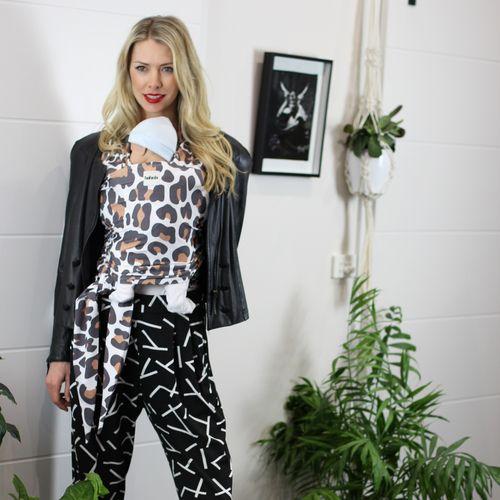 Babein Macro Leopard Babywearing Wrap Babyshower Gift