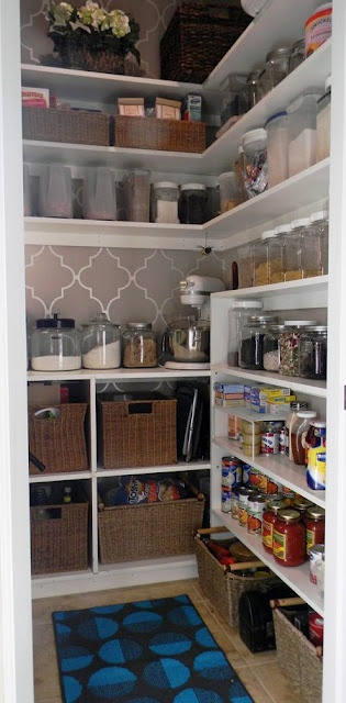 Organized pantries #pantry #stencil