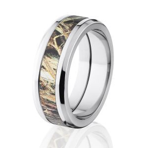 Are Camo Engagement Rings Ideal For Women Who Love The Military Or Outdoor Life? | Camo Wedding Rings For He & She !