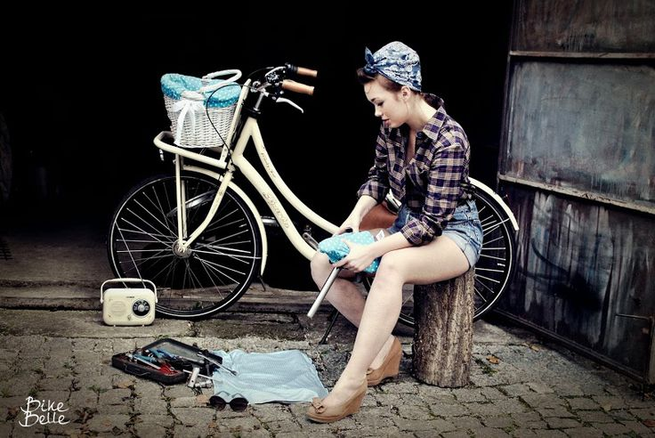 pin up girl photoshoot ideas, vintage photo shoot ideas for woman