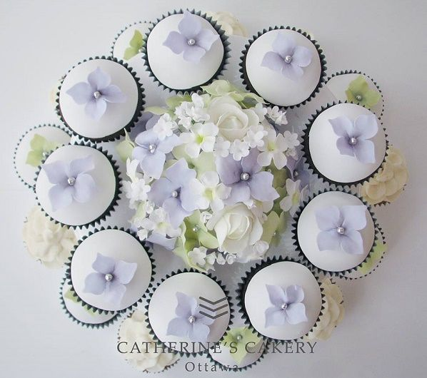 Lilac cupcakes by Catherine Beddall Edible Art