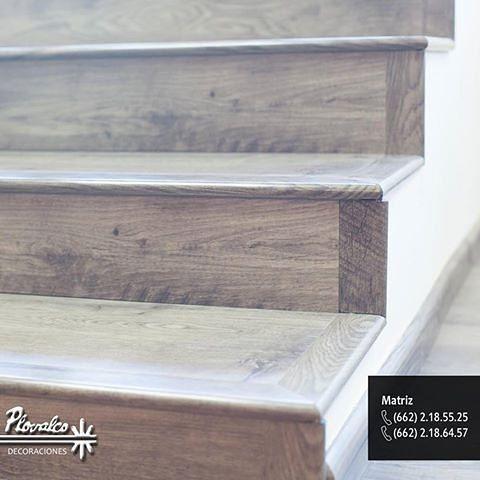 Ya conoces nuestras nuevas escaleras con narices de escalón sin bordes solo en #Plovalco tenemos los pisos y molduras laminadas sin bordes para que tu escalera se vea espectacular. #decoraciondeinteriores #hermosillo #sonora #casa #hogar #homedecoration #pisoslaminados #escaleras