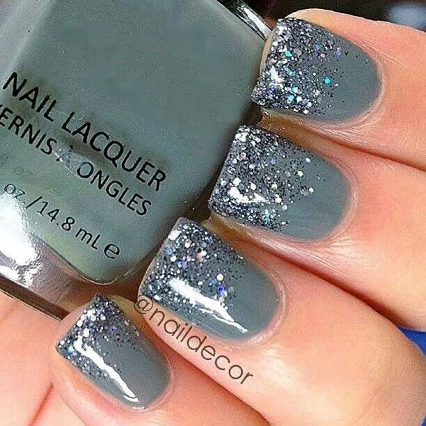 So would rock these Gray nails
