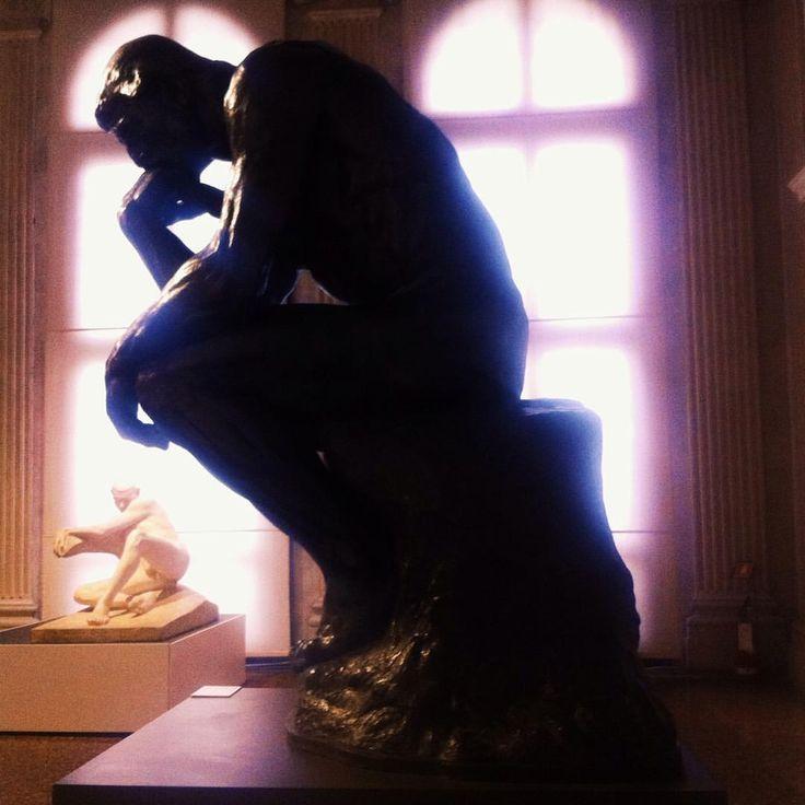 Rodin à Venise, il pensatore, strano incontro…#capesaro #venezia #rodin  (à Venezia, Italia)