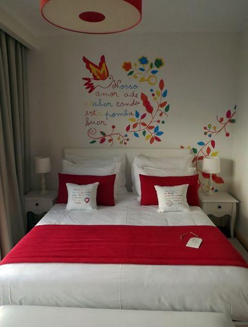 Decoração de parede inspirada no lenço dos namorados