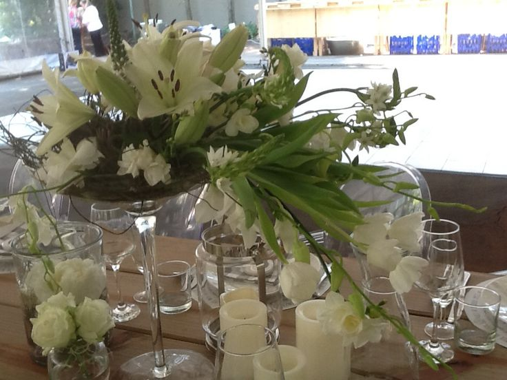 Special flowers for the wedding couple .