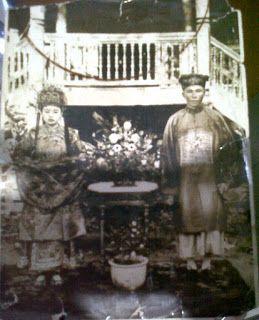 Kapitan So Kai dari Mandailing Natal: Pakaian Tradisional Cina. Cucu laki-laki dari Kapi...