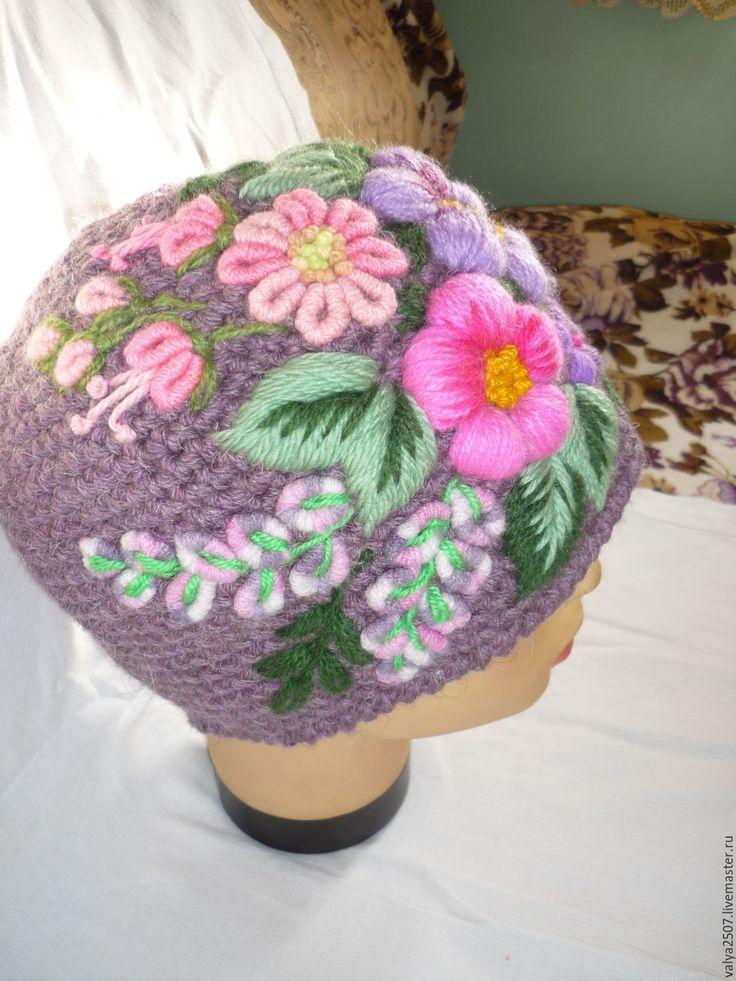 """Купить Шапка с ручной вышивкой """"Лиловая сказка"""" - разноцветный, цветочный, шерсть овечья, полушерсть"""
