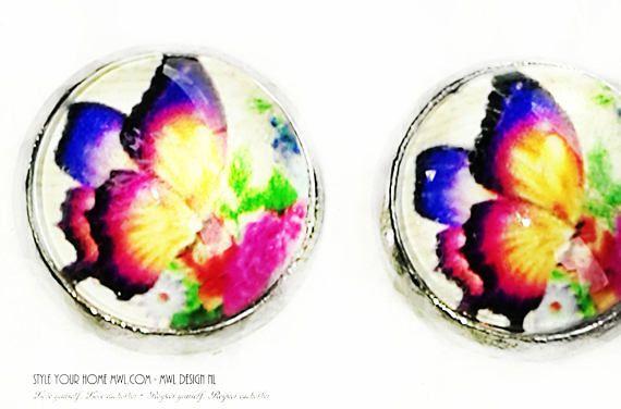 Bekijk dit items in mijn Etsy shop https://www.etsy.com/nl/listing/537956708/vlinder-knop-oorbellen-12-mm-mwl-design