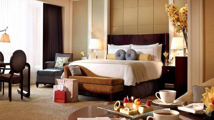 Bedroom - Four Seasons Hotel Macau