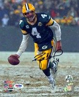Brett Favre Autographed 8x10 Photo Green Bay Packers PSA/DNA Stock