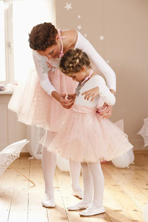 cute diy fairy tutu skirt - cute rounded version of a tutu (what a whimsical piece for a fun photoshoot for a little girl!)