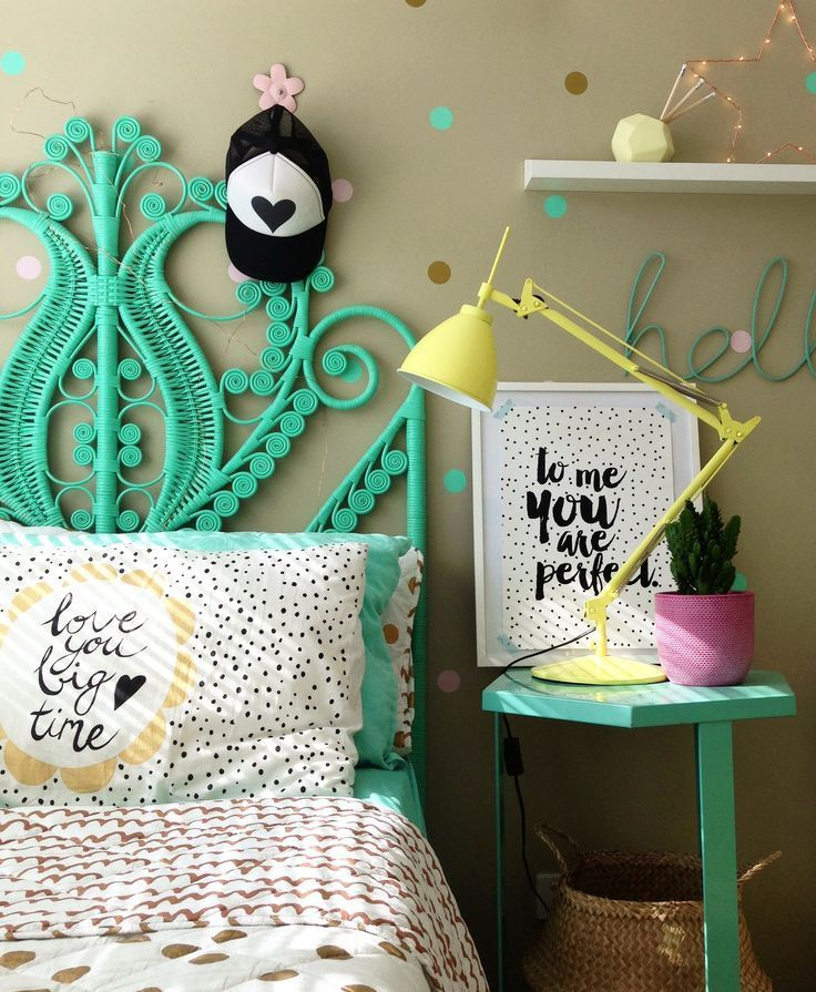 Decals - how to apply decals in a kids interior space | four cheeky monkeys | bedroom ideas | home decorating Kids bedrooms | children's rooms | little ones | nursery