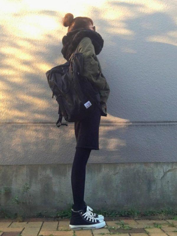 秋冬のヘビロテNO1!黒のスニーカーを使った大人コーデをご紹介します♪ - Yahoo! BEAUTY