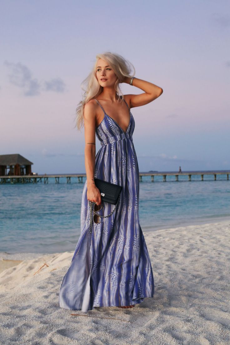 Evening Holiday Outfits: Maxis and Jumpsuits - Inthefrow