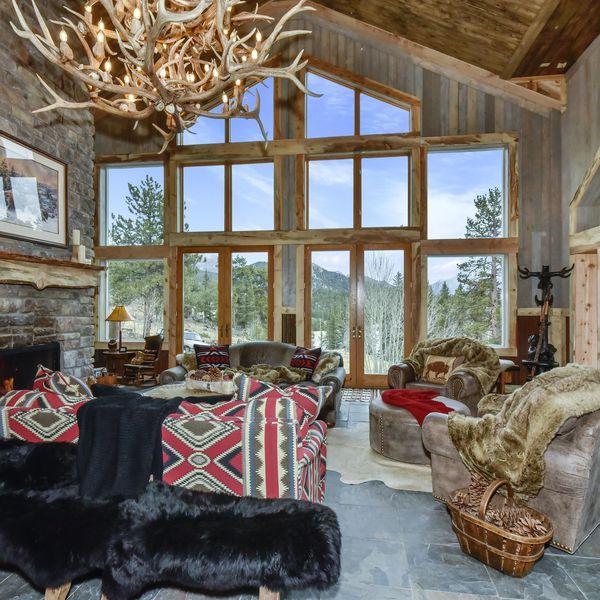 Vacation Lodge In Lake George Lodge Rentals Lake George Cabin Rentals
