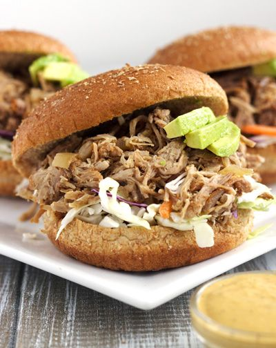 Slow Cooker Chipotle Pulled Pork Sandwiches With Skinny Avocado Ranch Sauce {Whole Wheat} |  |