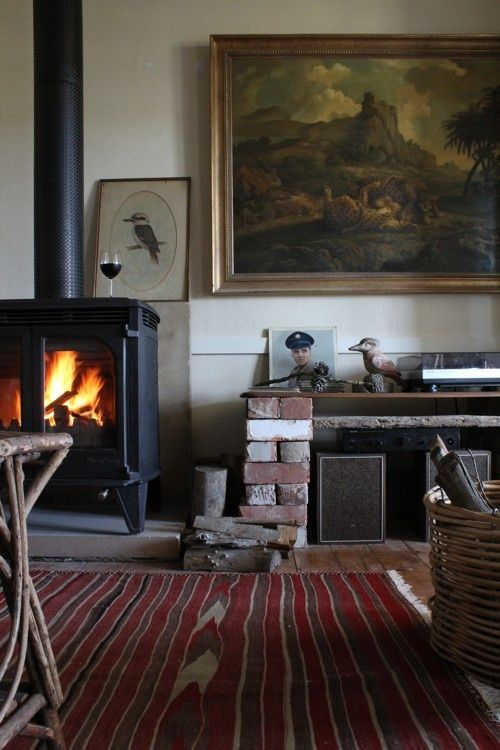 .Fireplace rug and some rustic art la campagne