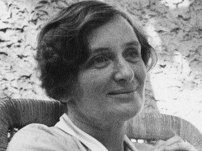 Dorothea Lange, Unbekannte Fotografin, 1935: Dorthea Lange wurde 1985 in Hoboken, New Jersey, geboren. Sie zog später nach Kalifornien. Als Kind hat Lange …