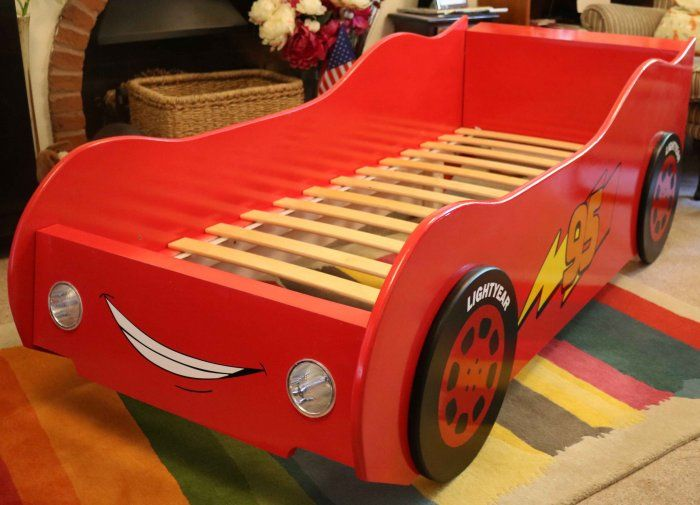 racing car bed painted red