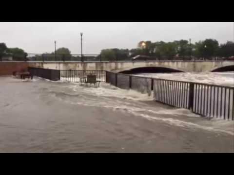 Flooding in the US state of Iowa. В США в штате Айова произошло масштабн...