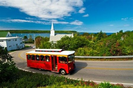 Door County Trolley Tours- I want to do the Scenic one