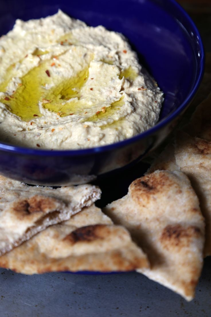 How Hummus Helps You Lose Weight