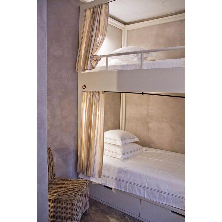#bunkbeds #familyroom #surfhotel #boutiquehotel #design #tasteintravel #bohemianluxury #comfy #sleepwell #surftrip #surflife #surferslodge #surferslodgepeniche #baleal #peniche #portugal