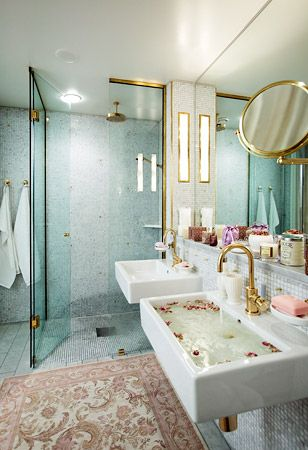 Finally a bath done in brass. I was starting to question myself! Obviously...I am sooooo right!