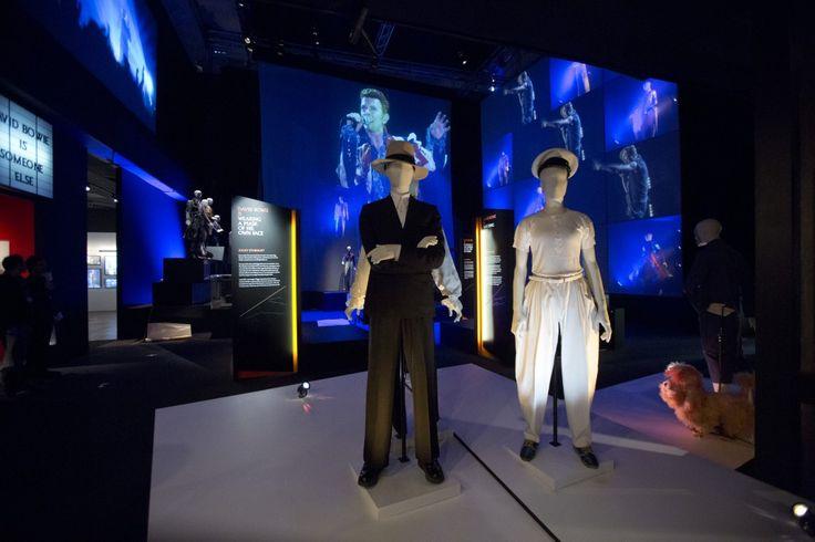 David Bowie is, 23 marzo – 11 agosto 2013 (c) Victoria and Albert Museum, Londra