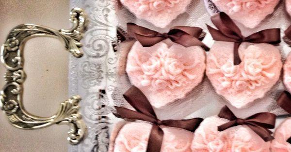 Kalp seklinde sabun :) | Hediyelik | Pinterest | Handmade soaps