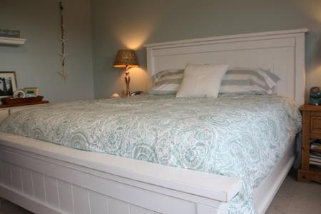 Queen size headboard and footboard in white much - White king size bedroom furniture ...