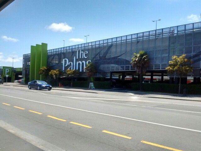 The Palms Shopping Centre w Christchurch, Canterbury