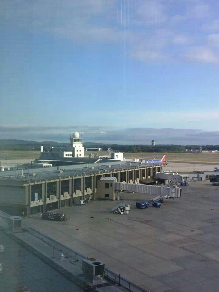 Bradley Hartford International Airport Conneticut 135 best