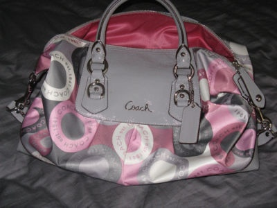 coach gray purse 7fh3  coach pink and gray purse