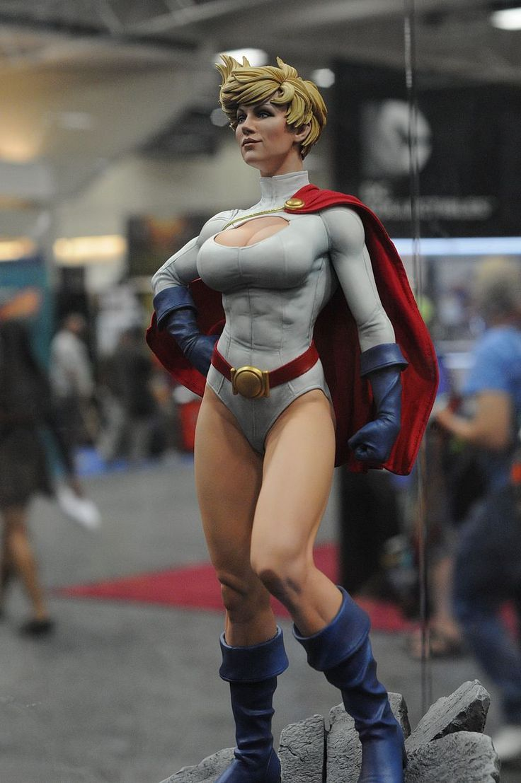 Powergirl Premium Format Figure 2014 San Diego Comic Con | SideShow Collectibles