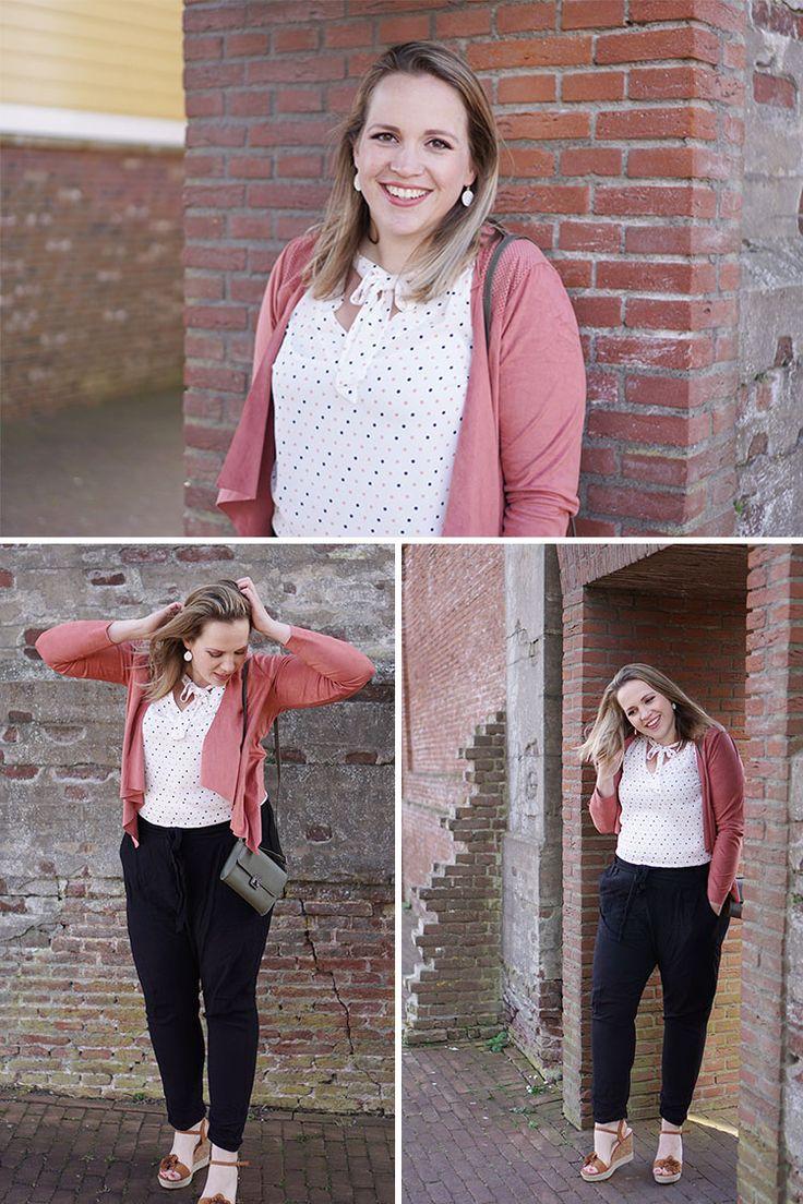 Ik was nooit zo'n jasjesmens. Vorig jaar veranderde er iets en opeens heb ik teveel jasjes voor de dagen in de week. Maar zoals bij alle kledingstukken zijn er altijd favorieten. En dit roze jasje...