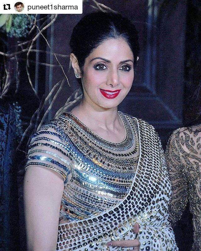 Nice 💟💟💟💟💟 #Repost @puneet1sharma with @repostapp ・・・ Wow Beautiful and soo Timeless diva @sridevi.kapoor in @manishmalhotra05 Saree 💕💕😘😘 #sridevi #queen #manishmalhotra #saree #silver #bollywood #superstar #fashionist #fashion #fashionista #beautiful #actress #legend #stylish #modern #iconic #icon