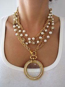 Love this Chanel runway necklace!
