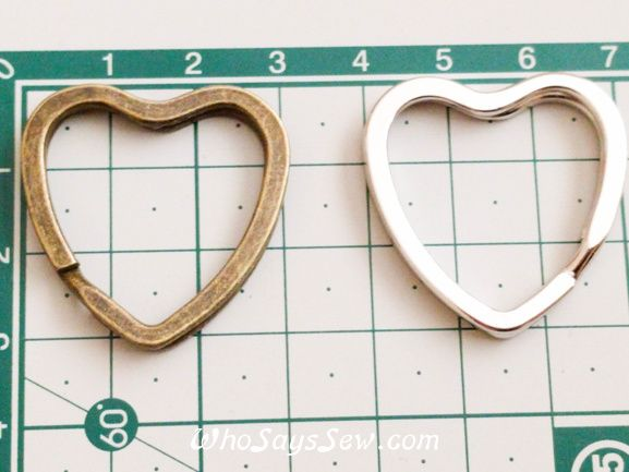 4x Heart Shaped Flat Split Rings in Shiny Silver/Antique Brass. Fabulous Quality. - Who Says Sew