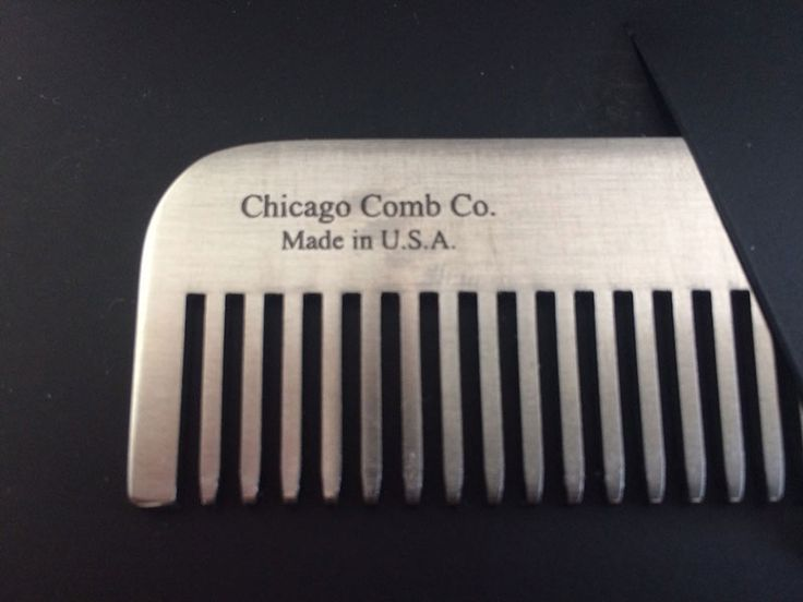 Peignes à barbe pour hipsters Chicago Comb - #Mode - Visit the website to see all photos http://www.arkko.fr/peignes-barbe-hipsters-chicagocomb/
