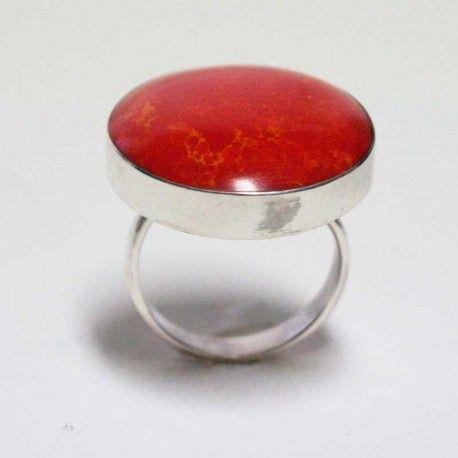 Kırmızı Büyük Yuvarlak Taş Gümüş Yüzük #yüzük #gümüş #kadın #kolye #hediyelik #gümüşyüzük #gümüştakıseti #takı #gümüşkolye  #küpe #gümüş #kadın #kolye #hediyelik #gümüşküpe #gümüştakıseti #takı #gümüşkolye