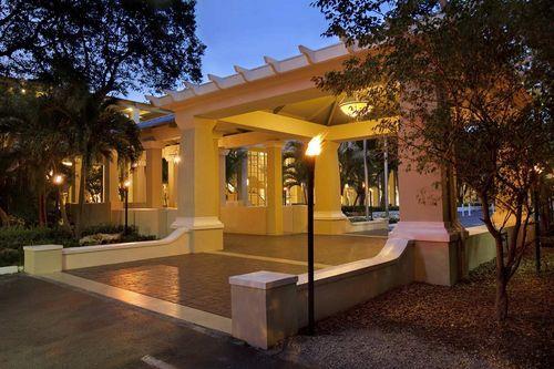 Key Largo's Best Hotels: Hilton Key Largo Resort - www.TravelingTara.com