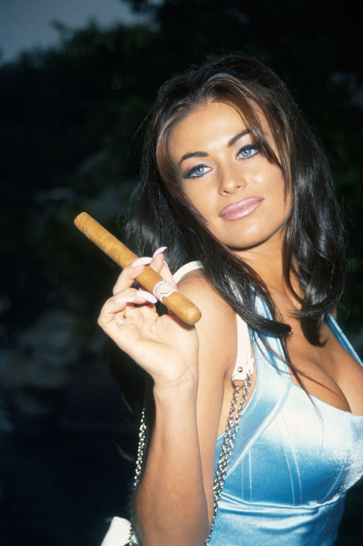Carmen Electra | Cigars, pipes and lighters | Pinterest | Carmen Dell ...