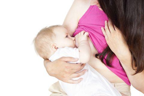 Allattare il proprio bambino al seno è importante ma non sempre la neo mamma sa come fare. Gli esperti della Società Italiana di Neonatologia spiegano